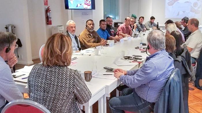 FINDECT PARTICIPA DE ENCONTRO INTERNACIONAL EM DEFESA DOS CORREIOS