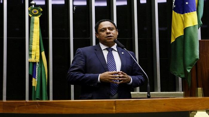 DEPUTADO ORLANDO SILVA APOIA TRABALHADORES EM DEFESA DOS CORREIOS