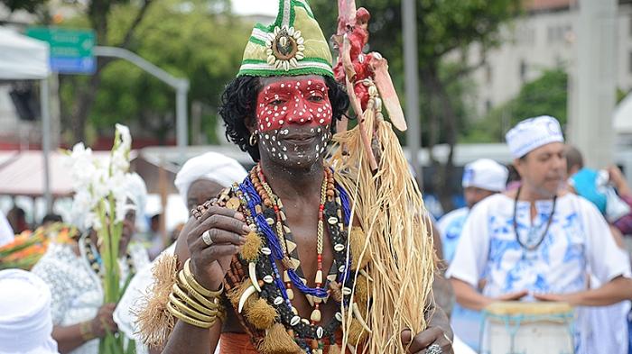 A LUTA CONTRA O RACISMO NO BRASIL É UMA LUTA DE REFUNDAÇÃO NACIONAL